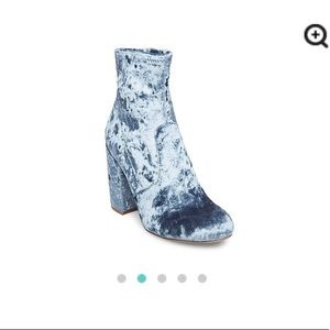 Steve Madden Light Blue Crushed Velvet Gaze Boots